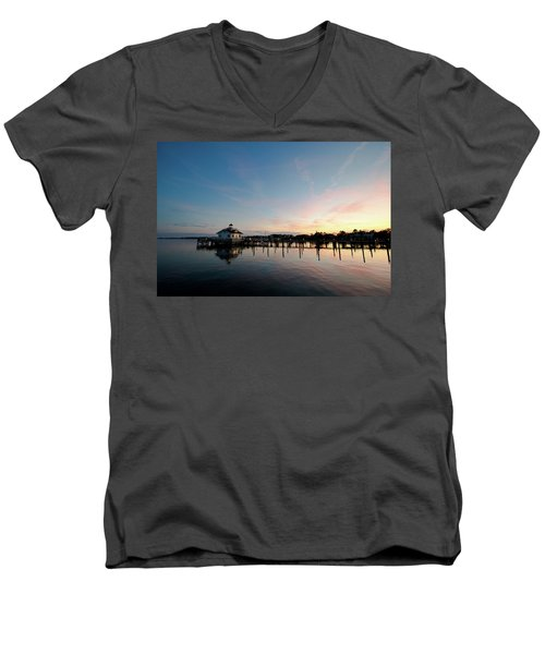 Roanoke Marshes Lighthouse At Dusk Men's V-Neck T-Shirt by David Sutton