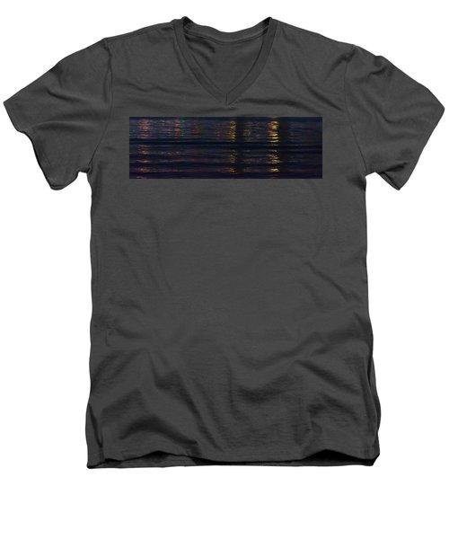Robert Test Bottom Men's V-Neck T-Shirt