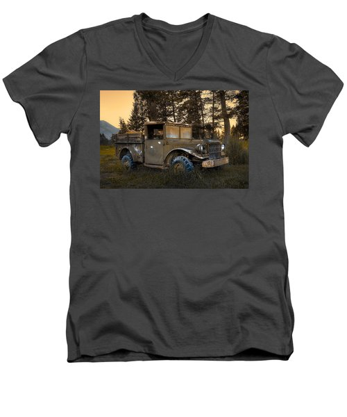 Rockies Transport Men's V-Neck T-Shirt