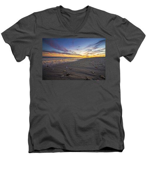 Rocky Roger's Beach Sunset Men's V-Neck T-Shirt