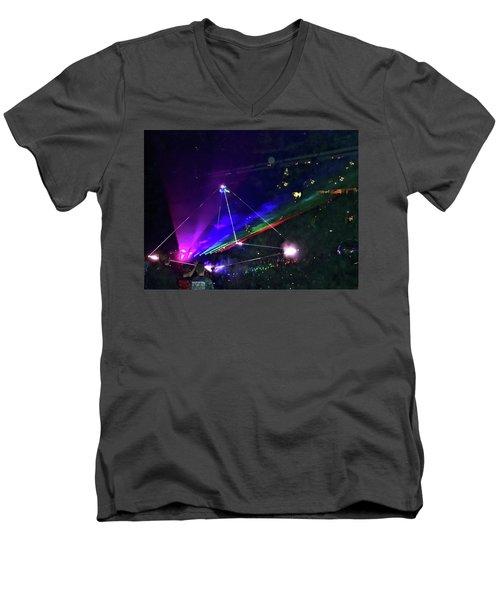 Roger Waters Tour 2017 - Eclipse Part 2 Men's V-Neck T-Shirt
