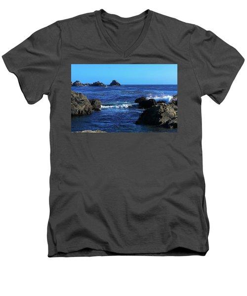 Roll Tide Roll Men's V-Neck T-Shirt