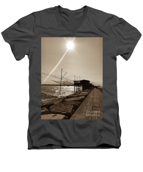 Romantic Ballad Men's V-Neck T-Shirt