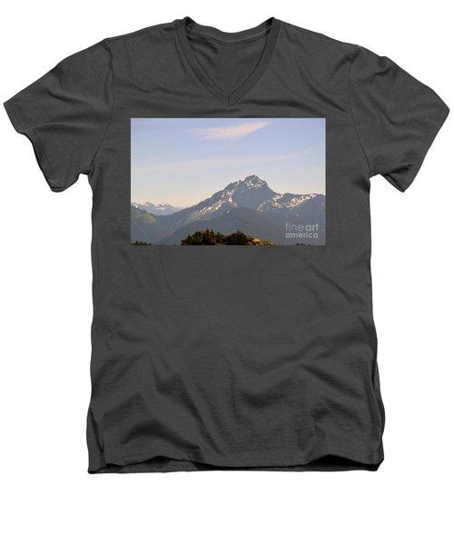 Room To Think Men's V-Neck T-Shirt