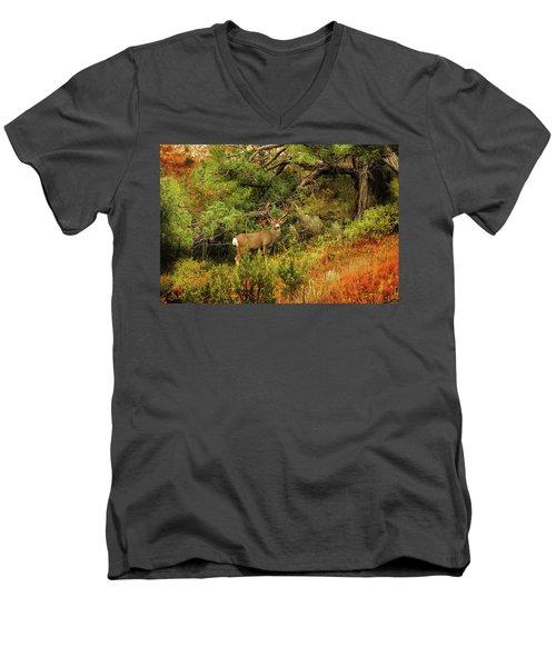 Roosevelt Deer Men's V-Neck T-Shirt