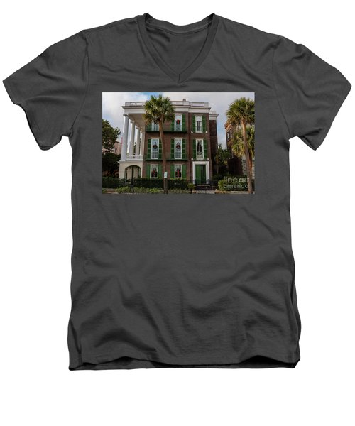 Roper Mansion In December Men's V-Neck T-Shirt