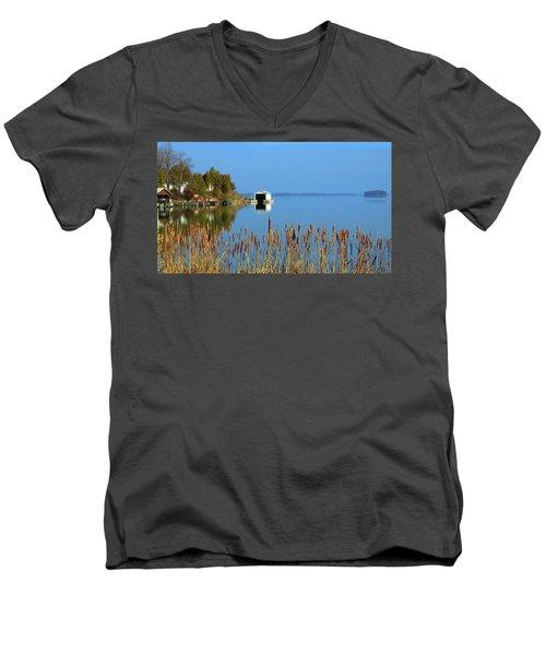 Rose Bay Men's V-Neck T-Shirt
