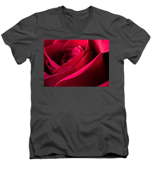 Rose Of Velvet Men's V-Neck T-Shirt