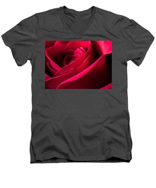 Rose Of Velvet Men's V-Neck T-Shirt