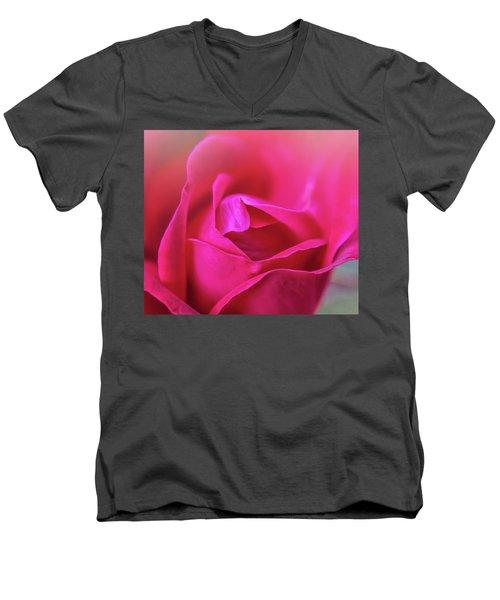 Rosebud Madness Men's V-Neck T-Shirt