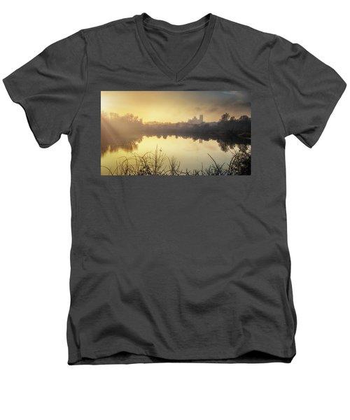 Roswell View Men's V-Neck T-Shirt