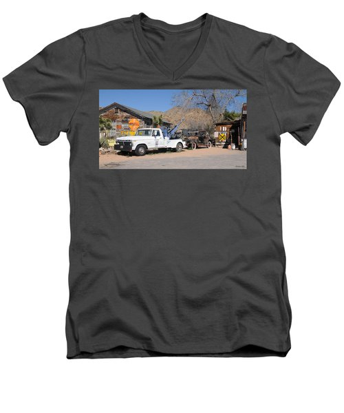 Route 66 Old Shell Service Station Men's V-Neck T-Shirt