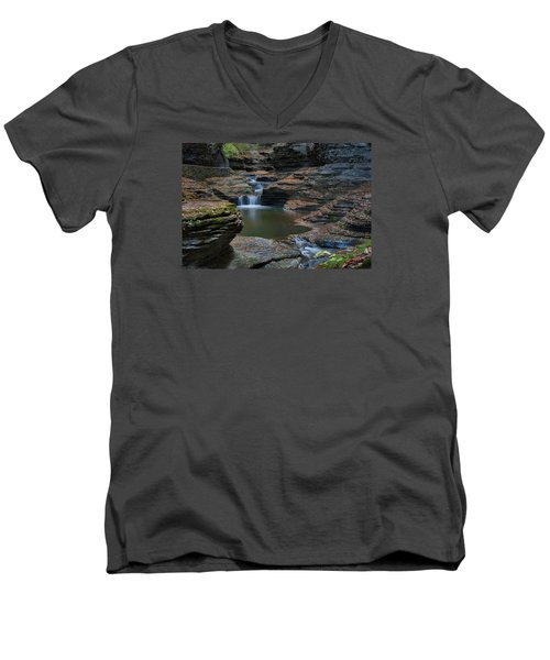 Running Water Men's V-Neck T-Shirt