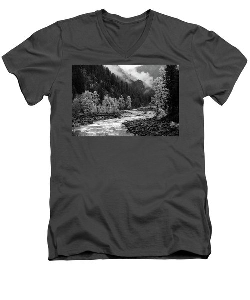 Rushing River Men's V-Neck T-Shirt