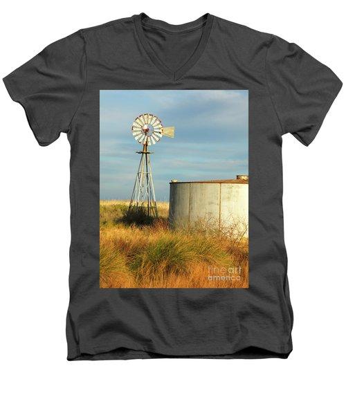 Rust Find Its Place Men's V-Neck T-Shirt