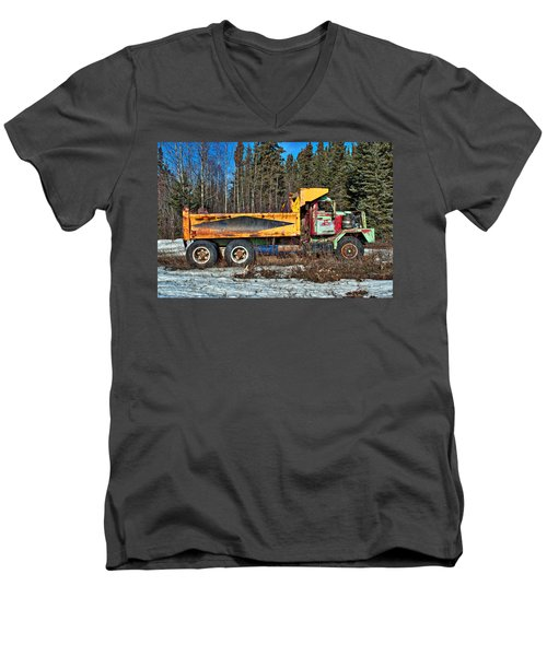 Rusty Dump Truck Men's V-Neck T-Shirt