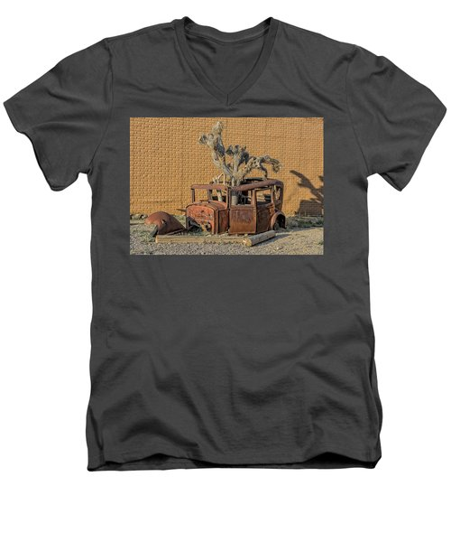 Rusty In The Desert Men's V-Neck T-Shirt
