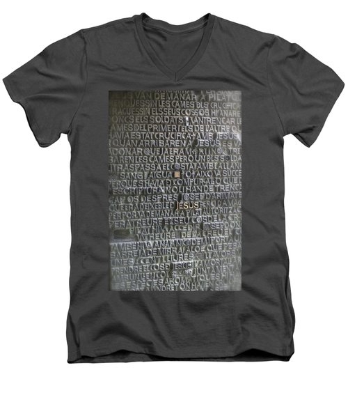 Sagrada Familia Doors Men's V-Neck T-Shirt
