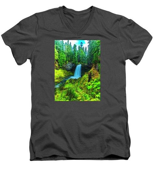 Koosa Falls, Oregon Men's V-Neck T-Shirt
