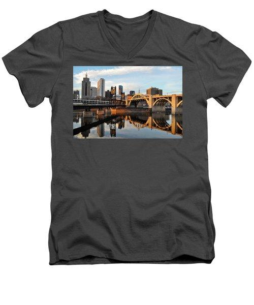 Saint Paul Mississippi River Sunset Men's V-Neck T-Shirt