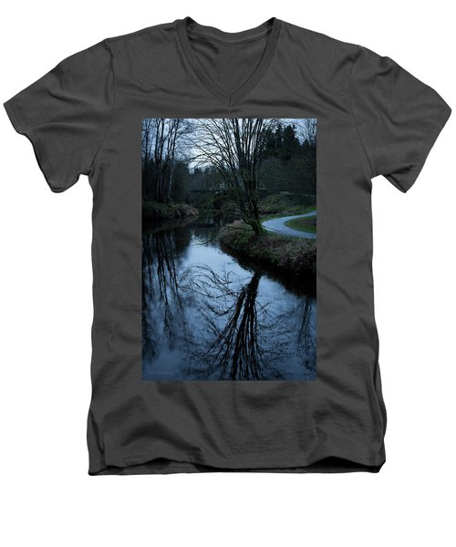 Sammamish River At Dusk Men's V-Neck T-Shirt