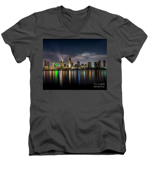 San Diego Skyline At Night Men's V-Neck T-Shirt
