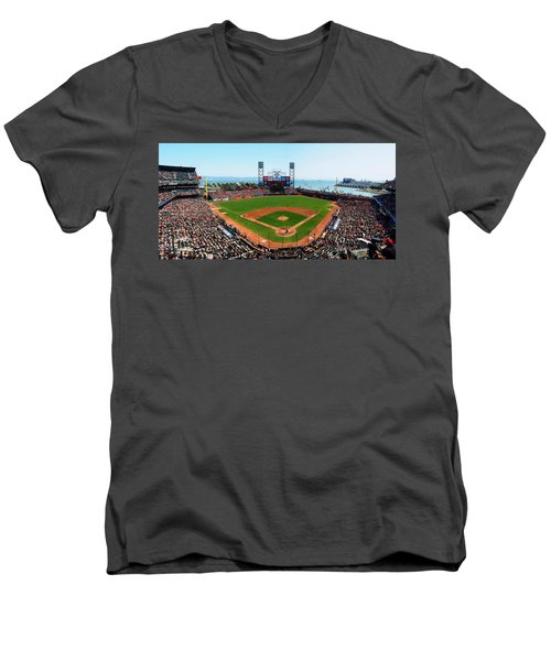 San Francisco Ballpark Men's V-Neck T-Shirt