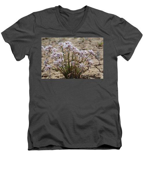 San Juan Onion Men's V-Neck T-Shirt