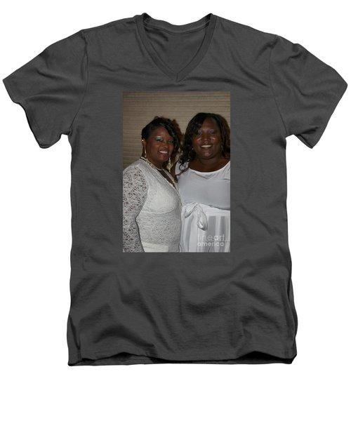 Sanderson - 4543 Men's V-Neck T-Shirt