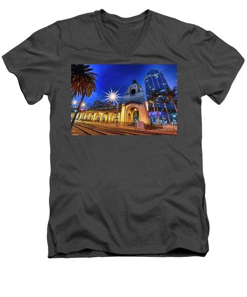 Santa Fe At Night Men's V-Neck T-Shirt