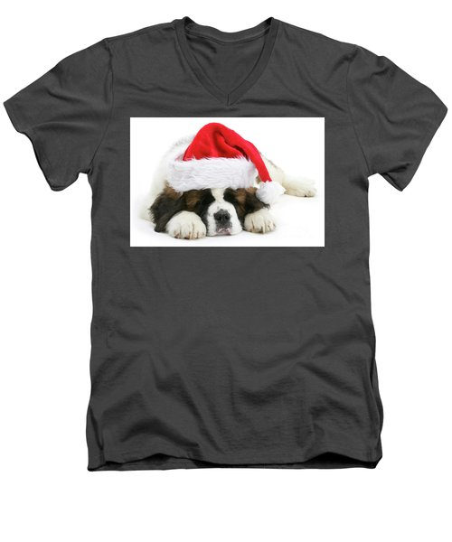 Santa's Snoozing Saint Bernard Men's V-Neck T-Shirt