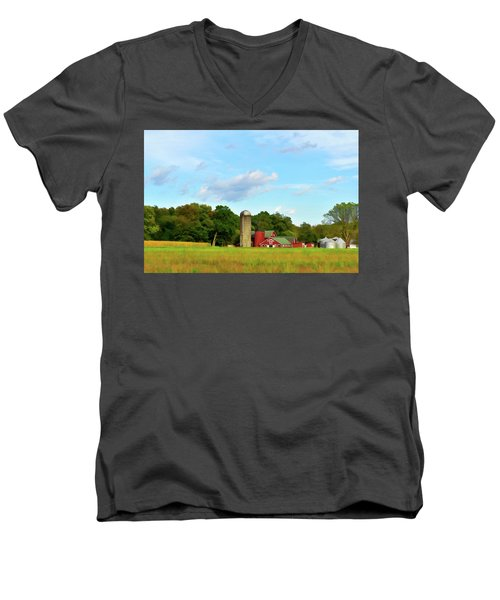 Sauer Farm, Mt. Marion Men's V-Neck T-Shirt