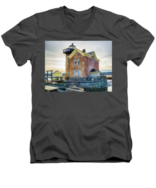 Saugerties Lighthouse Men's V-Neck T-Shirt