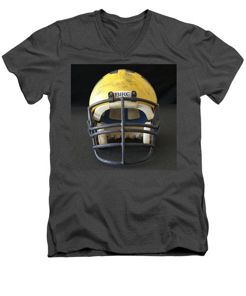 Scarred 1980s Wolverine Helmet Men's V-Neck T-Shirt
