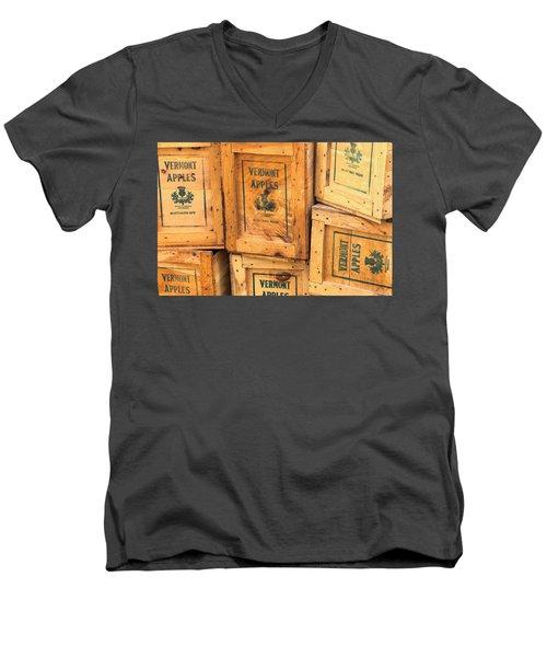 Scott Farm Apple Boxes Men's V-Neck T-Shirt