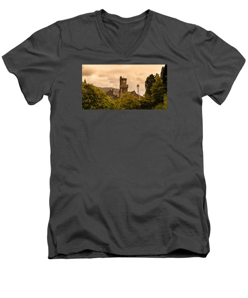 Scottish Abbey Men's V-Neck T-Shirt