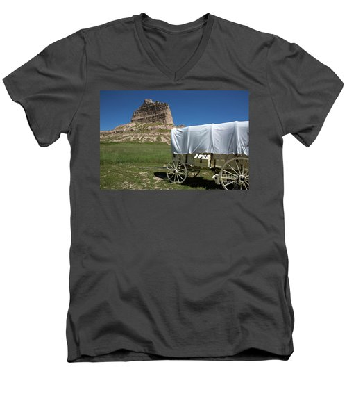 Scotts Bluff National Monument Nebraska Men's V-Neck T-Shirt