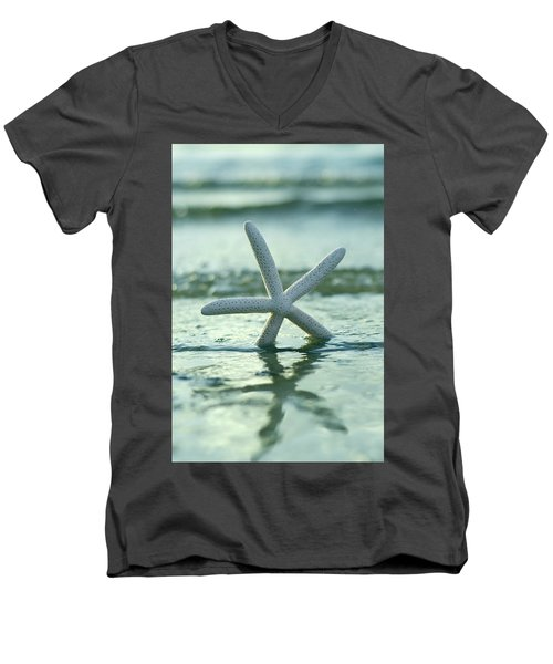 Men's V-Neck T-Shirt featuring the photograph Sea Star Vert by Laura Fasulo