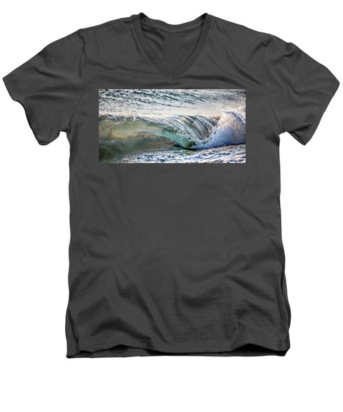 Sea Turtles In The Waves Men's V-Neck T-Shirt