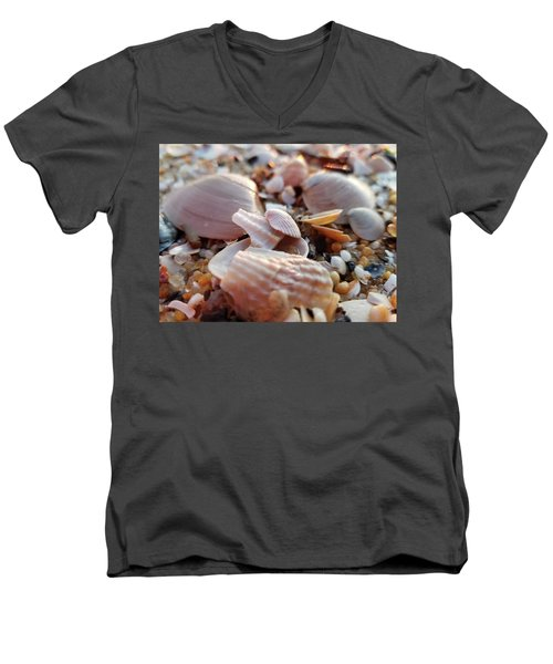 Seashells And Pebbles Men's V-Neck T-Shirt