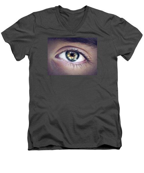 Seeing Men's V-Neck T-Shirt