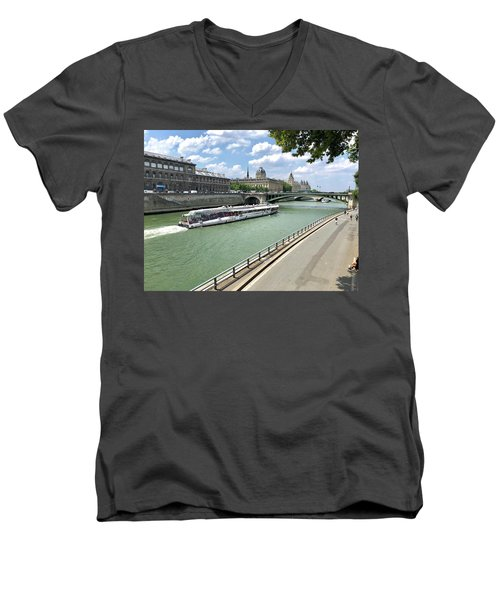 River Seine In Paris Men's V-Neck T-Shirt