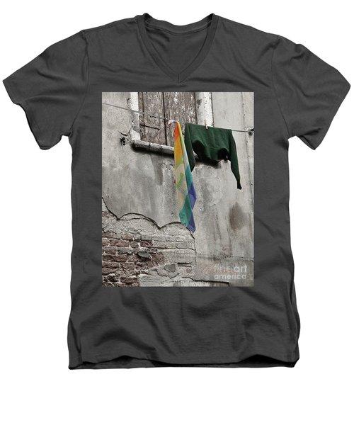 Semplicita - Venice Men's V-Neck T-Shirt by Tom Cameron