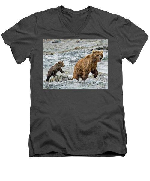Sensing Danger Men's V-Neck T-Shirt