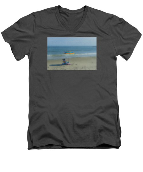 September Beach Reader Men's V-Neck T-Shirt