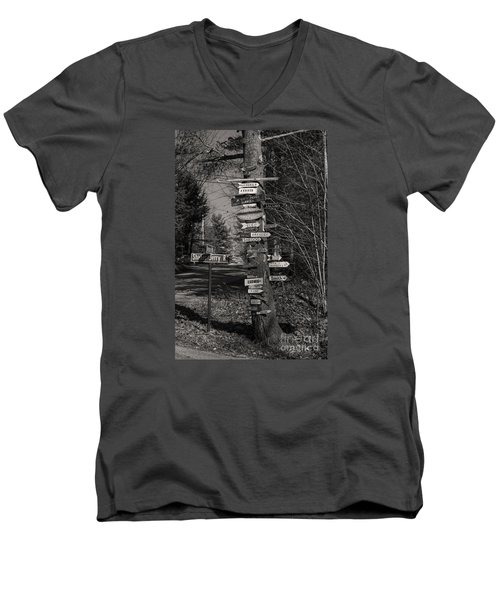 Men's V-Neck T-Shirt featuring the photograph Shaker Jerry Road-moultonborough N H by Mim White