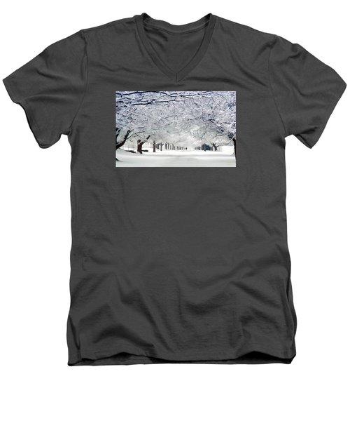 Shaker Winter Walkway Men's V-Neck T-Shirt