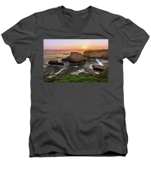 Shark Fin Cove Sunset Men's V-Neck T-Shirt