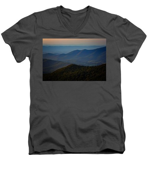 Shenandoah Valley At Sunset Men's V-Neck T-Shirt