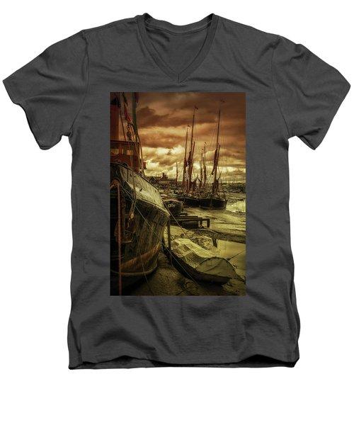 Ships From Essex Maldon Estuary Men's V-Neck T-Shirt